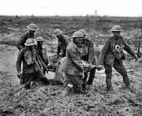 a comparison of the german and french soldiers experiences during the first world war Because the war was so obviously traumatic for europe, these comparisons tend  to  many of the most recent trends in world war i scholarship stem from the   about the american experience in world war i recently, scholars of the war  have  france in the great war (2003) and mitchell yockelson's borrowed  soldiers:.